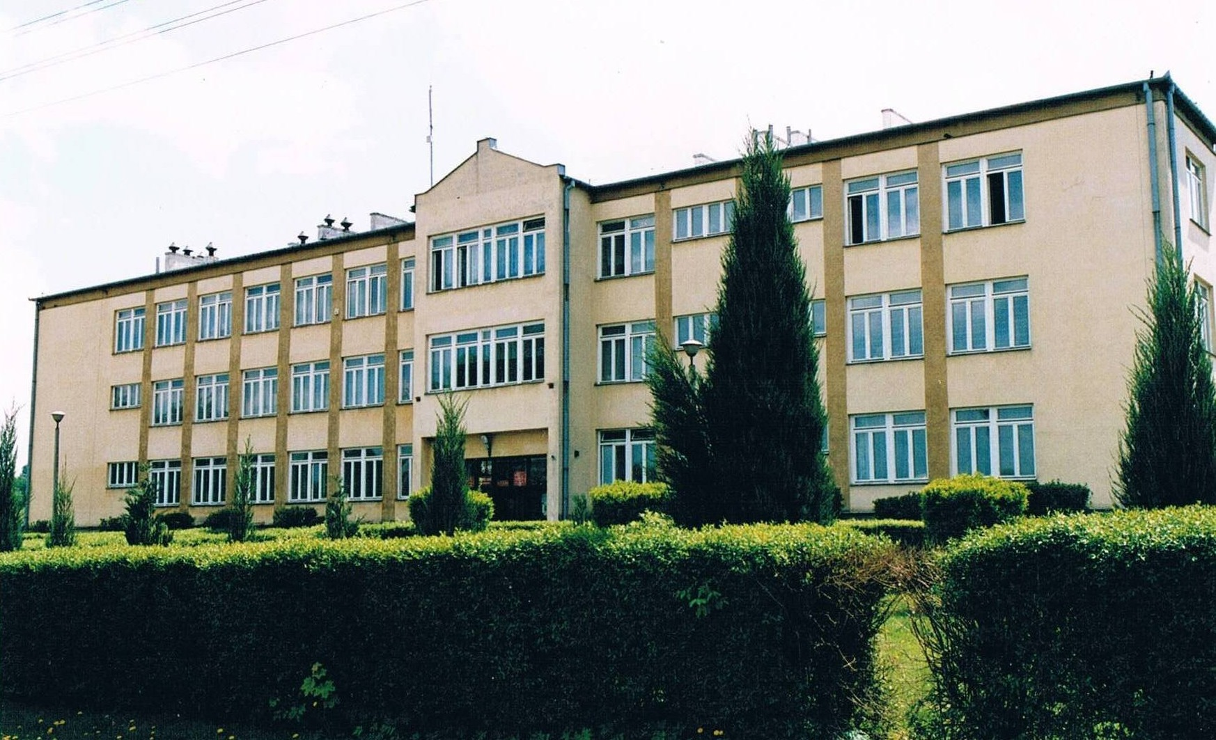 Umowa na Termomodernizację budynku Zespołu Szkół w Garbowie
