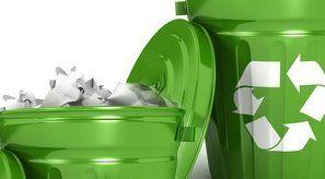 Na zdjęciu pojemniki na odpady