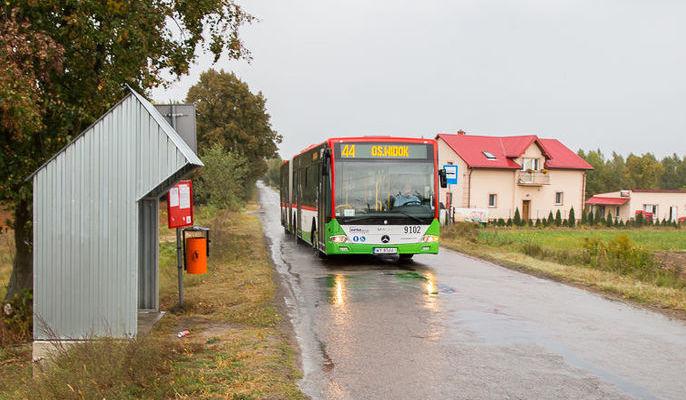 Na zdjęciu autobus linii 44