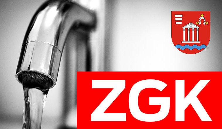 Na zdjęciu herb gminy, napis ZGK na czerwonym tle umiejscowione na grafice przedstawiającej kran z wodą