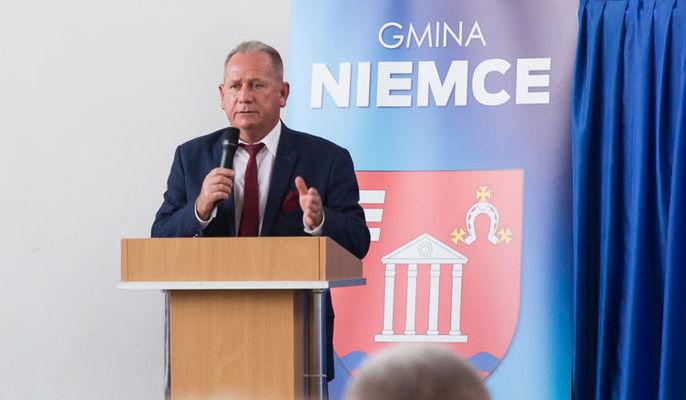 Na zdjęciu Przewodniczący Rady Gminy Niemce