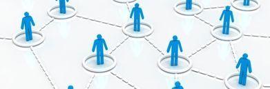 Niebieskie ludziki w okręgach połączone liniami