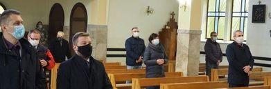 Osoby w kościele