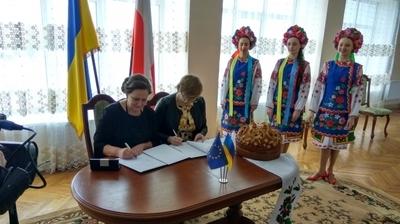 Gmina Jabłonna podpisała umowę o współpracy z Gromadą Teteriwską