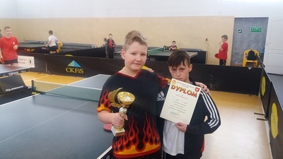 Mistrzowie Powiatu w tenisie stołowym!