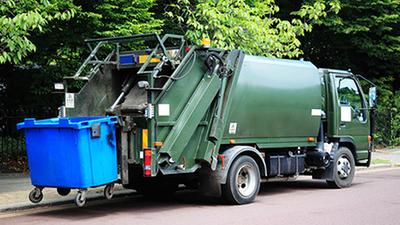 Informacja o dokonywaniu opłat za wywóz śmieci