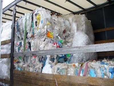 Informacja dla rolników o możliwości bezpłatnego przekazania odpadów foliowych