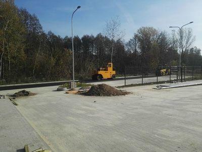 Końcowe prace przy budowie nowego placu targowego