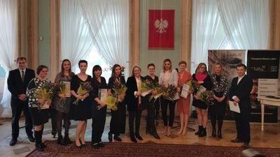 """Wójt Gminy Jabłonna nagrodzona w plebiscycie """"Kobieta na medal"""" Gazety Wyborczej"""