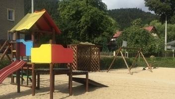 Plac zabaw i siłownia, ul. Pokrzywianki