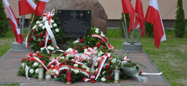 Odsłonięcie pomnika w Samoklęskach - fotogaleria