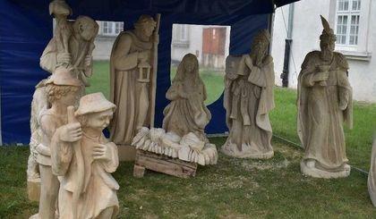 """Wernisaż IV pleneru rzeźbiarskiego """"Szopka Bożonarodzeniowa"""""""