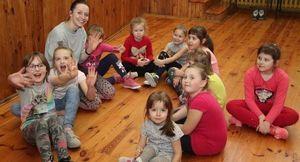 Zajęcia taneczno-ruchowe dla najmłodszych w Domu Kultury w Markuszowie
