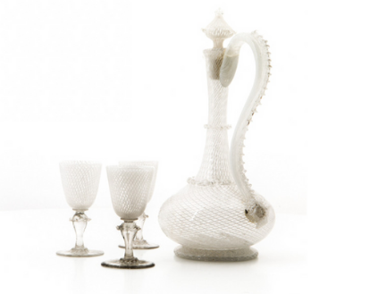 Carafe and glasses made of reticello glass