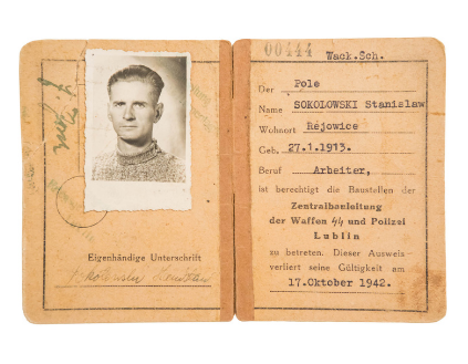 Document – Beschäftigungsausweis (work card) of Stanisław Sokołowski