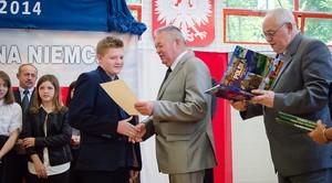 Najzdolniejsi uczniowie szkół podstawowych nagrodzeni przez Wójta