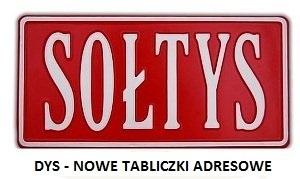 Odbiór nowych tabliczek adresowych z nazwami ulic w Dysie