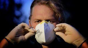 Od dziś obowiązek zasłaniania nosa i ust w miejscach publicznych