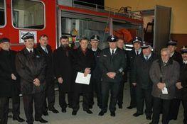 Zdjęcie przedstawia przedstawicieli Straży Pożarnej z partnerskiego Powiatu Main – Kinzig