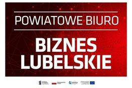 czerwone tło z białym napisem Powiatowe Biuro Biznes Lubelskie
