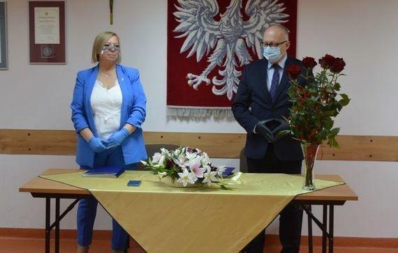 Starosta i wicestarosta na Powiatowych obchodach Dnia Edukacji Narodowej