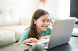 Zapraszamy na webinar: Jak uchronić swoje dziecko przed zagrożeniami w sieci?