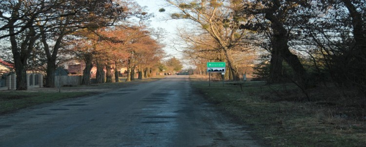 Informacja dot. przebudowy ciągu drogi powiatowej  Nr 2500L  na odcinku od drogi krajowej 17 do m. Baranów - przypomnienie