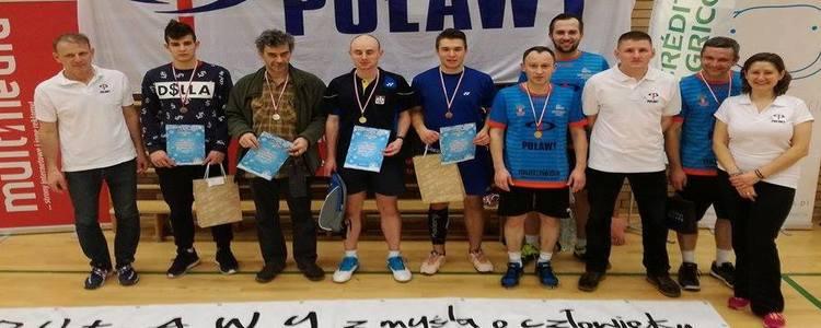 Wyniki Mikołajkowego Turnieju Badmintona Puławy 2016