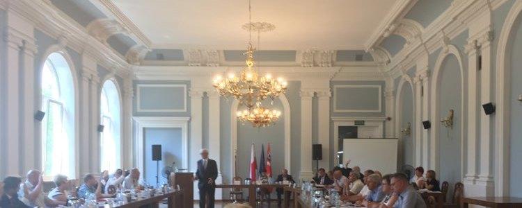 Zarząd Powiatu z absolutorium za 2016 rok
