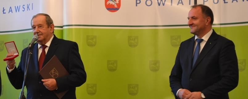 Wyróżnienie dla Starosty Puławskiego za zasługi dla województwa lubelskiego