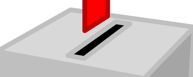 Urna wyborcza z kartą do głosowania
