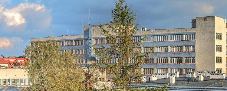 Budynek SPZOZ w Puławach.