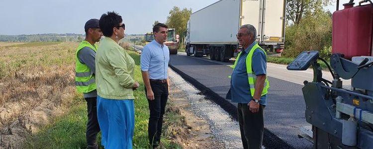 Trwa przebudowa drogi powiatowej nr 2552L z Wąwolnicy do Poniatowej