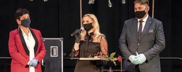 Starosta, sekretarz i nagrodzona Joanna Czajkowska
