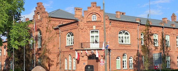 Budynek Starostwa Powiatowego w Puławach.