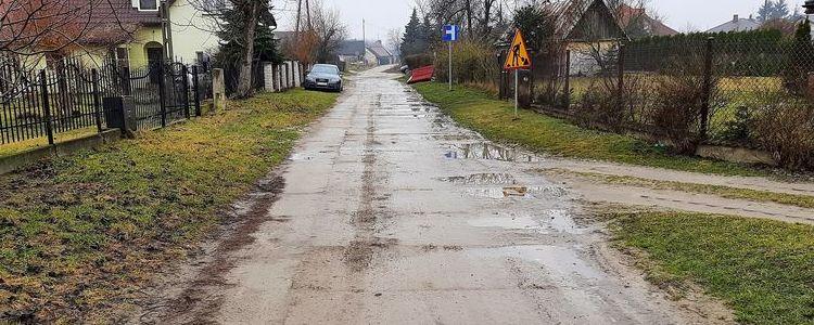 Fragment drogi powiatowej nr 2530L - ul. Piasecznica w Puławach