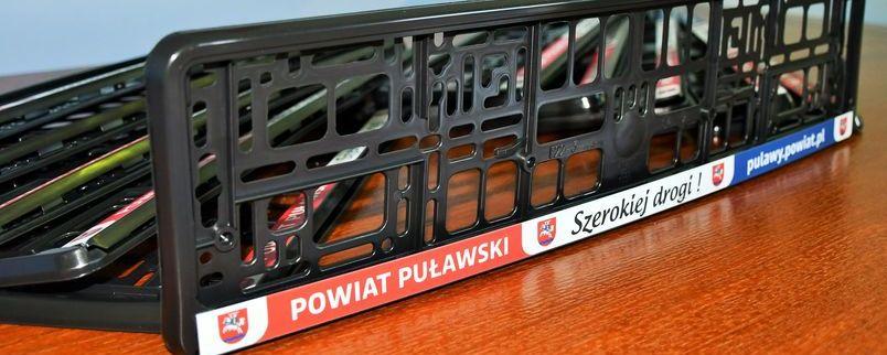 Szerokiej drogi z Powiatem Puławskim! Ramki rejestracyjne.