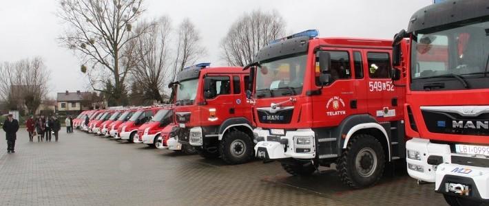 Uroczyste przekazanie sprzętu ratowniczego i pojazdów ratowniczo-gaśniczych dla jednostek OSP z terenu woj. lubelskiego