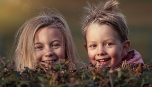 Uśmiechnięte dzieci
