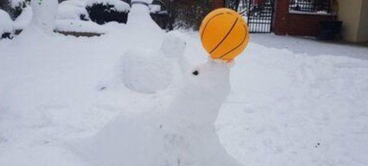 Rzeźba w śniegu