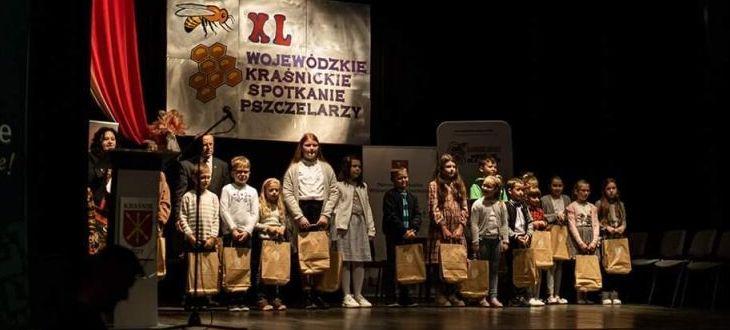 Zdjęcie grupowe nagrodzonych