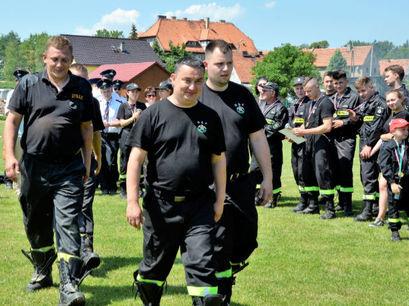Żarowscy strażacy włączyli się w charytatywny #GaszynChallenge