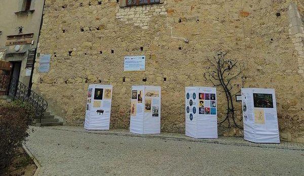 Plenerowa wystawa o S. Moniuszce