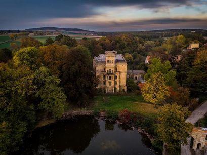 Zamek w Mrowinach