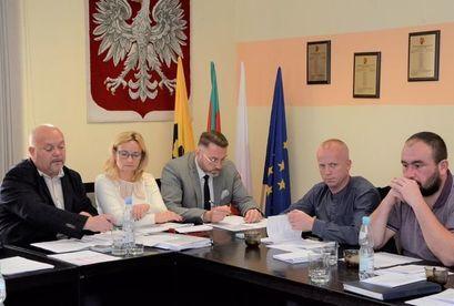 Na zdjęciu uczestnicy podczas posiedzenia Komisji Rady Miejskiej