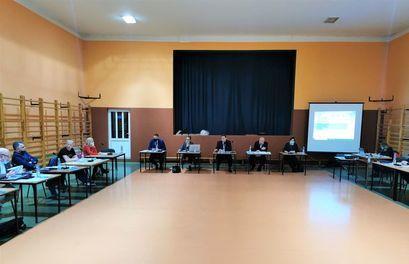 Obrady sesji Rady Miejskiej w Żarowie