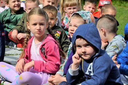 Przedszkolaki z Bajkowego Przedszkola w Żarowie