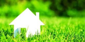 Dom w trawie