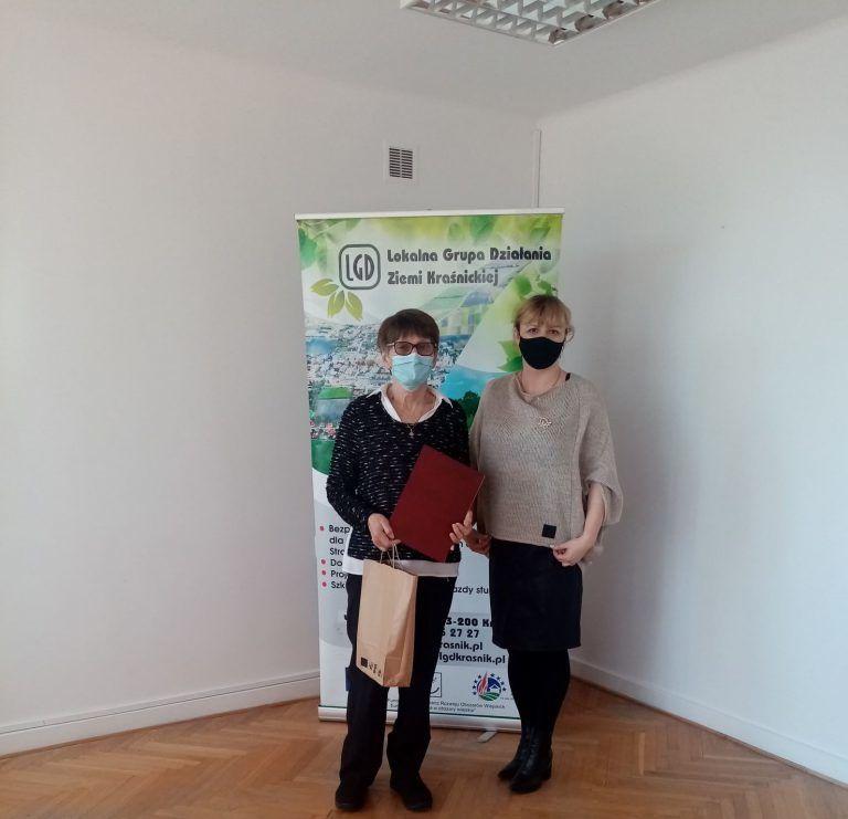Pani Barbara Rudy Sołtys Borowa z Panią Wiolettą Wilkos Prezes LGD Ziemi Kraśnickiej