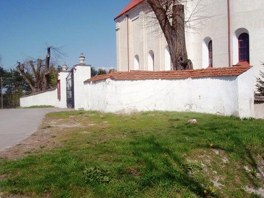 Ogrodzenie kościoła parafialnego
